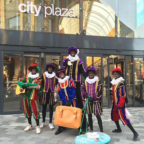 Zwarte Piet inhuren Pieten Invasie