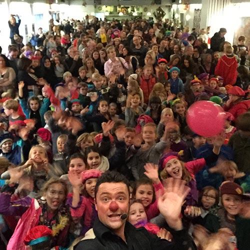 Sinterklaasfeest bedrijf show
